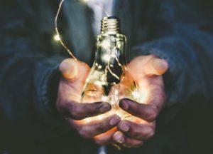 Lit bulb by Riccardo Annandale